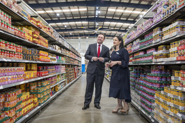 New South Wales Minister for Western Sydney, Stuart Ayres with Woolworths Director eCom B2C, Annette Karontoni at Woolworths new online Customer Fulfilment Centre in Lidcombe (NSW). Photo credit: Dallas Kilponen/Woolworths