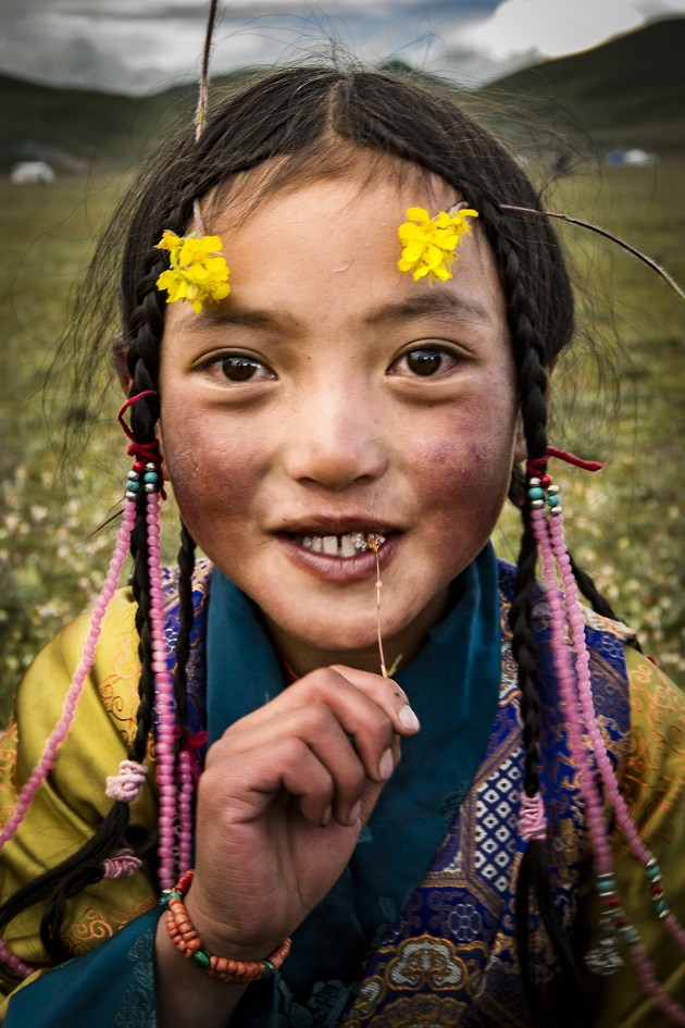 © Zijie Gong, China (age 16). Runner-up, Young TPOTY 15-18 2016. A life of freedom for young children. Between Sichuan and Tibet, China.