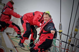 100nm and a wind hole left for Clipper crews