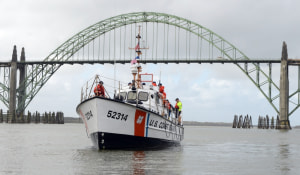 Coast Guard reminds mariners of hazardous bar conditions in Pacific Northwest