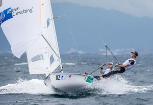 Silver for Belcher and Ryan as lack of wind cancels medal races in Enoshima