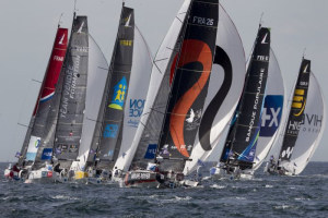Eliès leads off from Roscoff as final leg of La Solitaire URGO Le Figaro gets off to a spectacular start