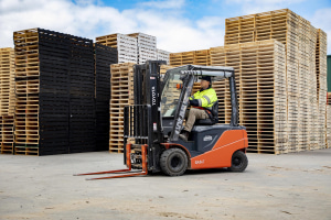 Recycling firm gets Smart with Toyota electric forklifts