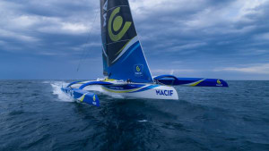 "Relaunched MACIF trimaran described as ""awesome"""