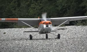 FRIDAY FLYING VIDEO: C182 on a Gravel Bar