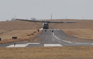 FRIDAY FLYING VIDEO: Crosswind Cessna