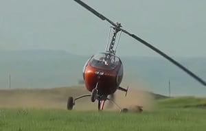 FRIDAY FLYING VIDEO: Gyro Roll-over