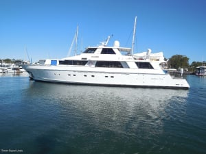 Swan Super Lines sells Southern Cross II