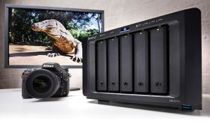 VIDEO: Safe, simple storage: Hands on with the Synology DS1517+