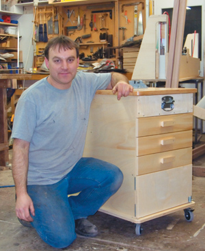 Build a Mobile Tool Cart