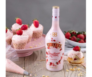 Baileys celebrates summer with Strawberries & Cream