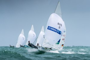 Foul weather doesn't deter competitors at Sail Melbourne