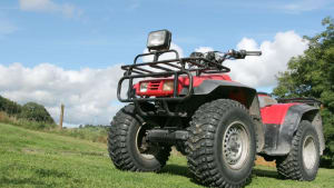 Labor wants law banning under 16s from quad bikes