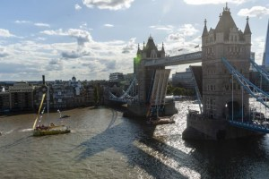 Tower Bridge lifts for Clipper yachts