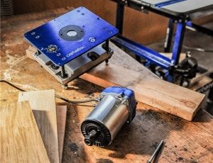 Power and lift: router table purpose-made