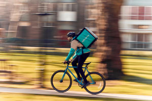 Deliveroo gives staff $18m of stock options but couriers miss out