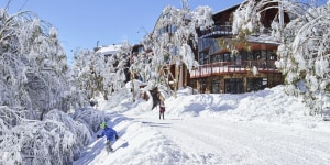 Vic's ski resorts prepare for a quiet start to winter