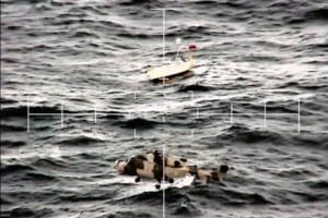 Naval fliers rescue British yachtsman