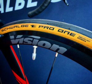 Video: Tubeless 101 ... Debunking The Myths