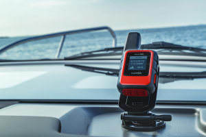 Garmin introduces the inReach Mini Marine Bundle