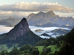 Mount Warning faces calls for an Uluru-style ban