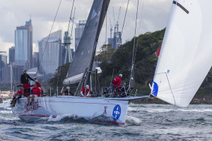 Wild Oats X claims line-honours title in Sydney Gold Coast Race