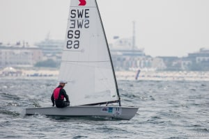 Fredrik Loof leads OK Dinghy Worlds after glamour day in Warnemunde