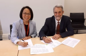 Thales and RMIT sign precise point positioning agreement