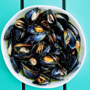 Some of Australia's best mussels are now in season