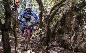 Sam Hill holds EWS lead
