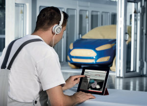 Vehicle painting apprentices given free access to Axalta E-learning