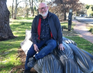 Queens birthday award for sculptor Silvio Apponyi