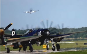 FRIDAY FLYING VIDEO: Warbirds at Sun 'n' fun