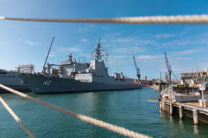 NUSHIP Sydney pulls into Fleet Base East