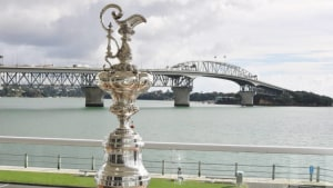 Struggling Dutch reaffirm commitment to America's Cup
