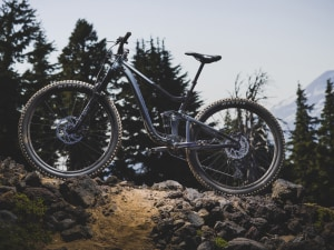 Giant reveal brand new Trance X 29 + first women's 29er trail bike from Liv