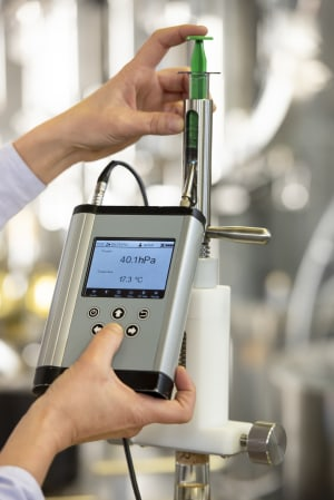 New oxygen analyser for winemakers