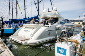 Look no hands: Volvo Penta shows self-docking boat