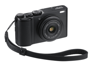 Fujifilm announce the XF10 - a small wide-angle compact