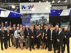 Minister for Industry, Resources and Energy, Anthony Roberts with representatives from the 12 NSW companies that attended Land Forces 2016.