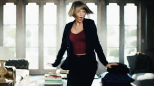 Taylor Swift rocks out for Apple Music