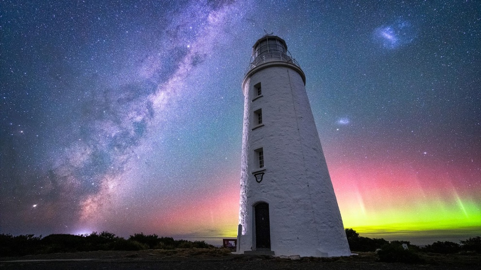 'Cape Bruny Lighthouse' - Bruny Island © Jay Evans
