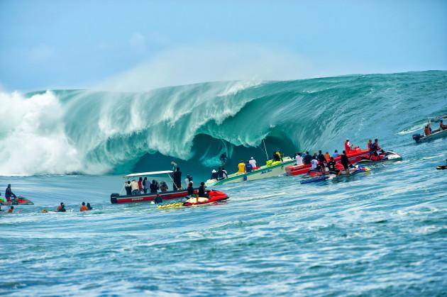 Teahupo'o's 'Code Red' swell of 2011. © Tim McKenna