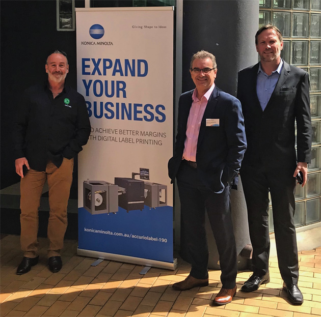 Supporting digital labels: Mick Rowan (l) and Adrian Fleming (r), from printIQ, with David Cascarino (centre) Konica Minolta