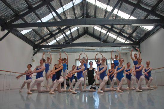 Alegria Dance