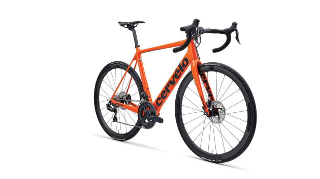 Road Tested The Cervelo R3 Disc Bicycling Australia
