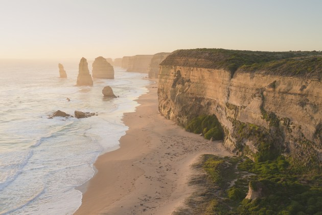 View of the 12 Apostles from the main lookout