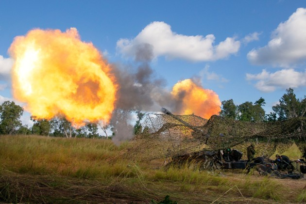 A Japan Ground Self Defense Force FH-70 fires during Exercise Southern Jackaroo. C: Defence