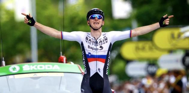 26yo Bahrain Victorious rider Matej Mohoric wins the 249km Stage 7 of the Tour de France. Image: Bahrain Victorious.