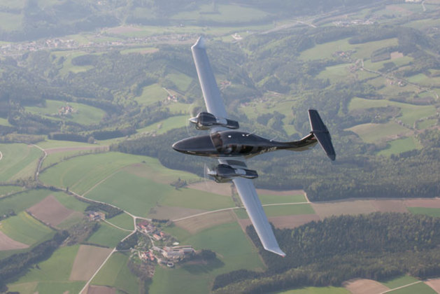 DA62 controls can feel heavy going into turns until you get used to them. (Diamond Aircraft)